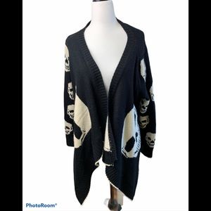 36 point 5 skull cardigan sweater in one s…